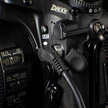 NikonD800レリーズ端子とコード
